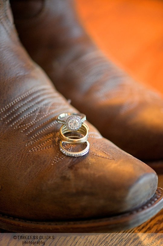 Country western style wedding rings